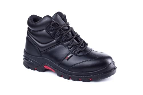 过期破损的劳保鞋会造成安全隐患